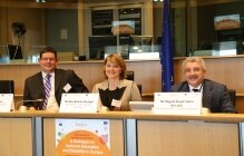 MEP Á. Kósa, MEP R.Estaràs and M. Á. Cabra de Luna, Fundación ONCE